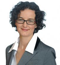 Mag. Nora Deinhammer - SOS Kinderdorf